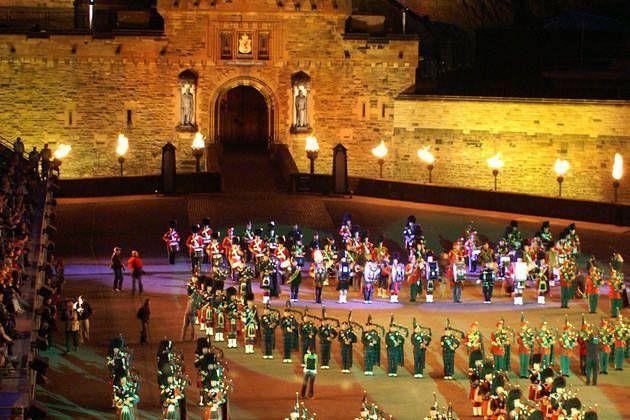 Grand uk holidays scotland grand uk coach tours scotland for Tattoo edinburgh scotland